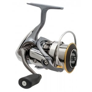 Daiwa Luvias 2506 Spin Reel (Reverse Auction) - Small Scratch on Reel Foot